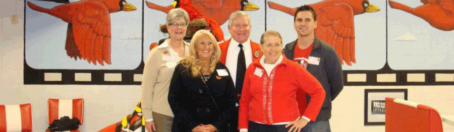 Photo from the SHS Alumni Association's website. Pictured are the members of the association.