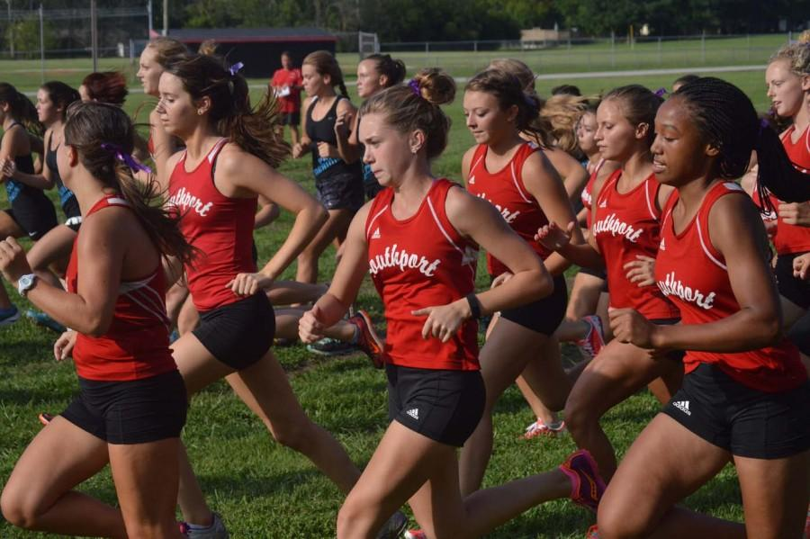 Senior+Shelby+Rodgers+runs+during+the+meet+on+Aug.+18.