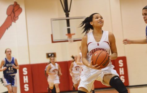 Freshmen girls basketball remains undefeated after facing Bishop Chatard