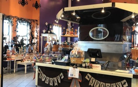Indy Treasures: Albansese Candy Factory and Outlet Store