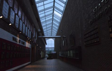 Lighting in atrium poses safety issue