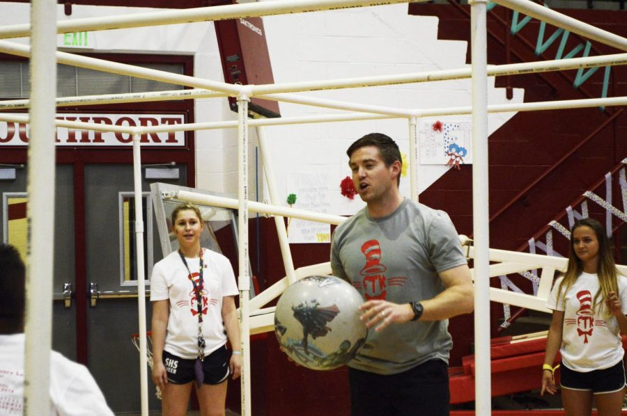 Assistant Principal Andy Ashcraft plays 9 Square. He was one of many SHS staff who attended the marathon.