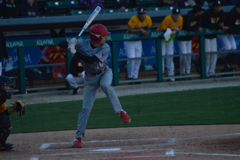 Sophomore+Landon+Godsey+bats+against+an+Avon+pitcher.+