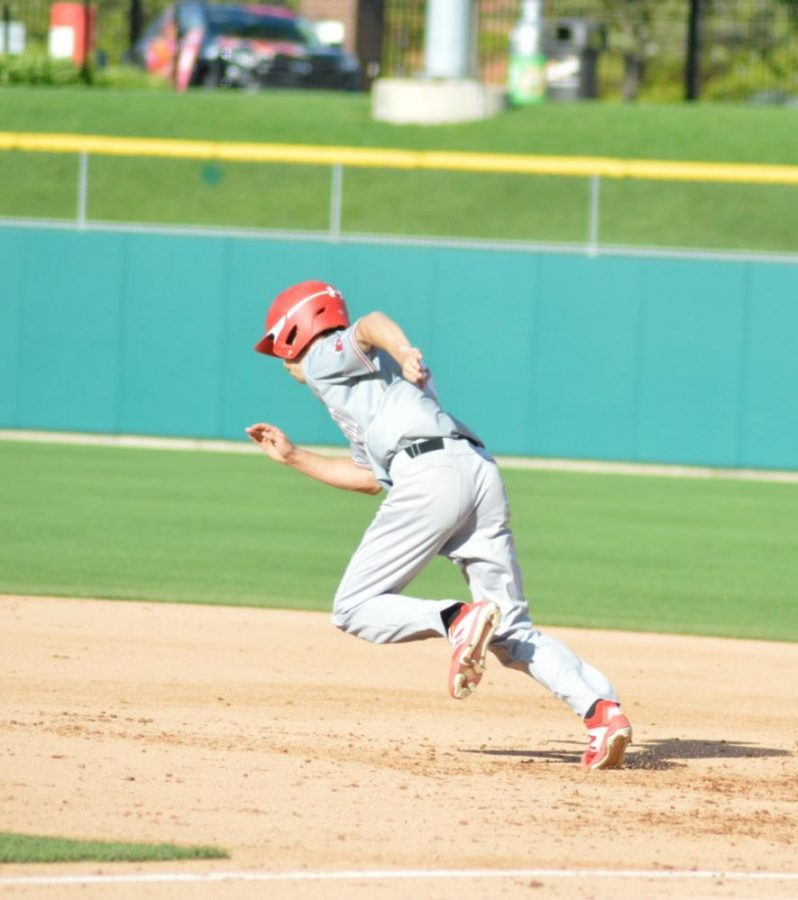 Sophomore Mitchel Fidler runs to second base.