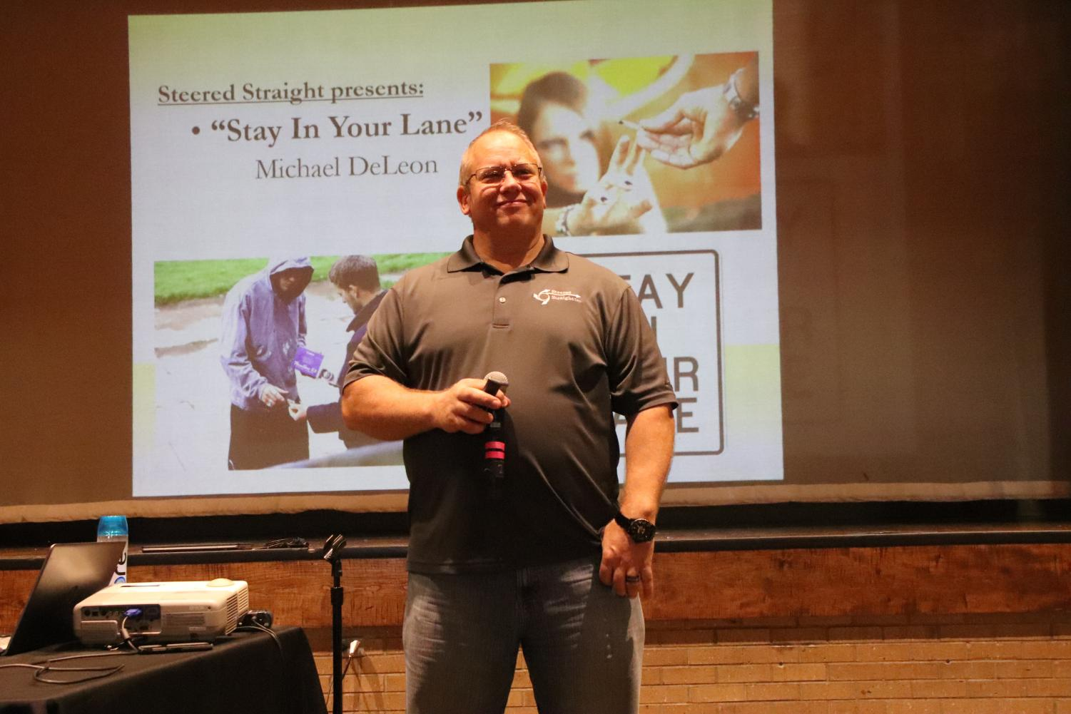 Michael DeLeon gives a presentation on the dangers of drug consumption on Tuesday, Oct. 1.