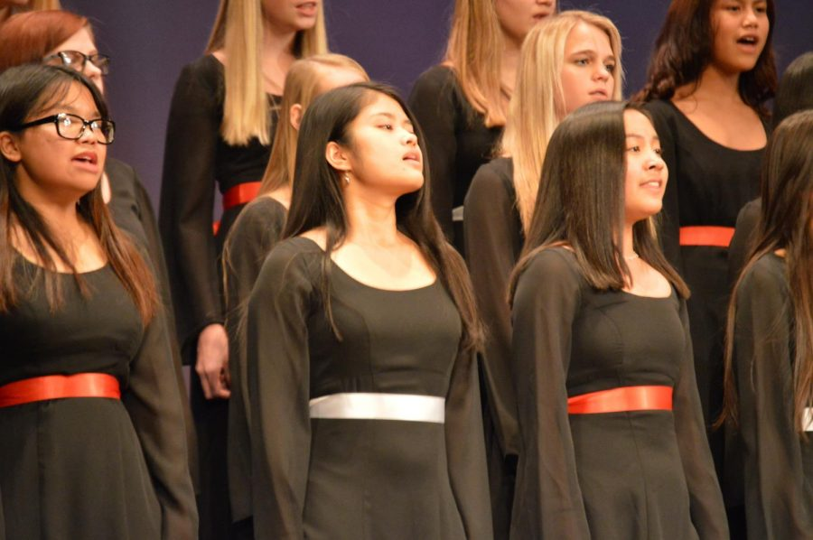 On Tuesday, Dec. 10 all the choirs got together to put on the Christmas concert.