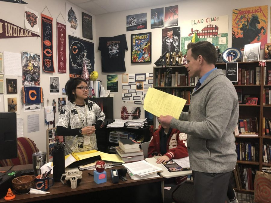 Senior Madeline Holloway discusses debate plans with head coach David Luers on Nov. 12. Holloway has been a part of the Debate Team since her junior year.