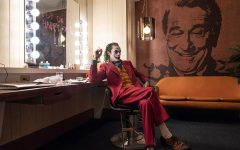With strong cast and structure, 'Joker' deserves Best Picture