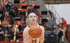 Junior Miranda Deane prepares to shoot a free throw.